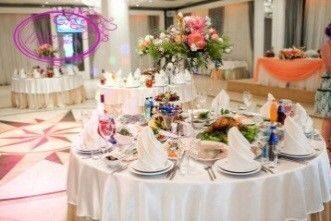 Цветы в высокой мартиннице